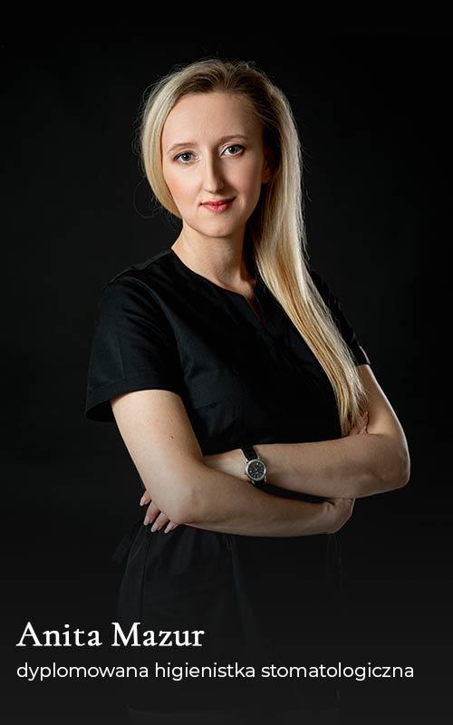 Anita Mazur